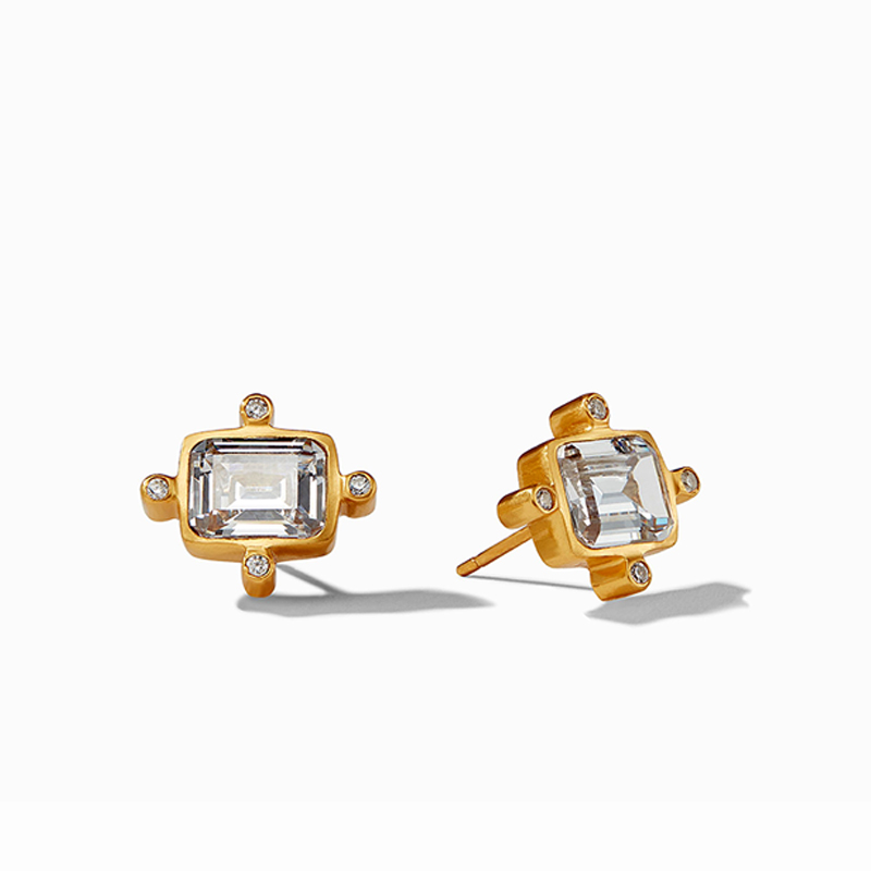 https://www.alexandersjewelers.biz/upload/product/ClaraStud_CubicZirconia.jpg